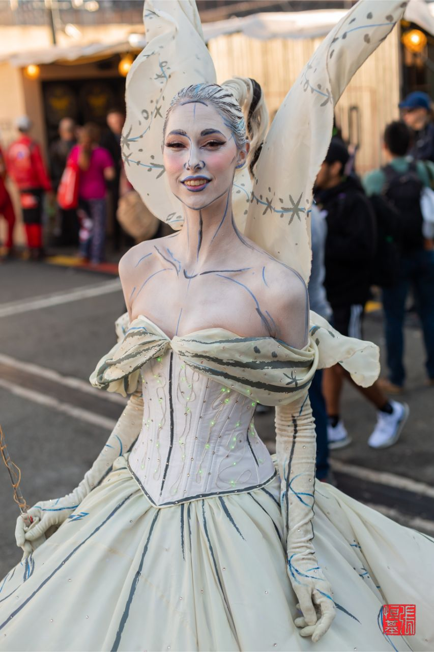 """""""Good Fairy"""" gown (Design by Ryan Jude Novelline) by Lize Mooney"""