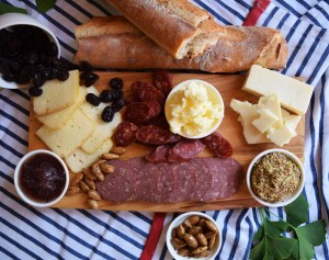 Taste of the Midwest picnic from Pastoral