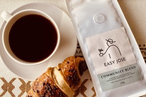 Easy Jose Coffee packet and coffee cup