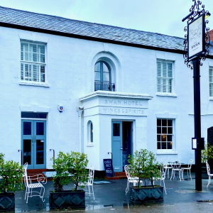 The Swan Wedmore outside