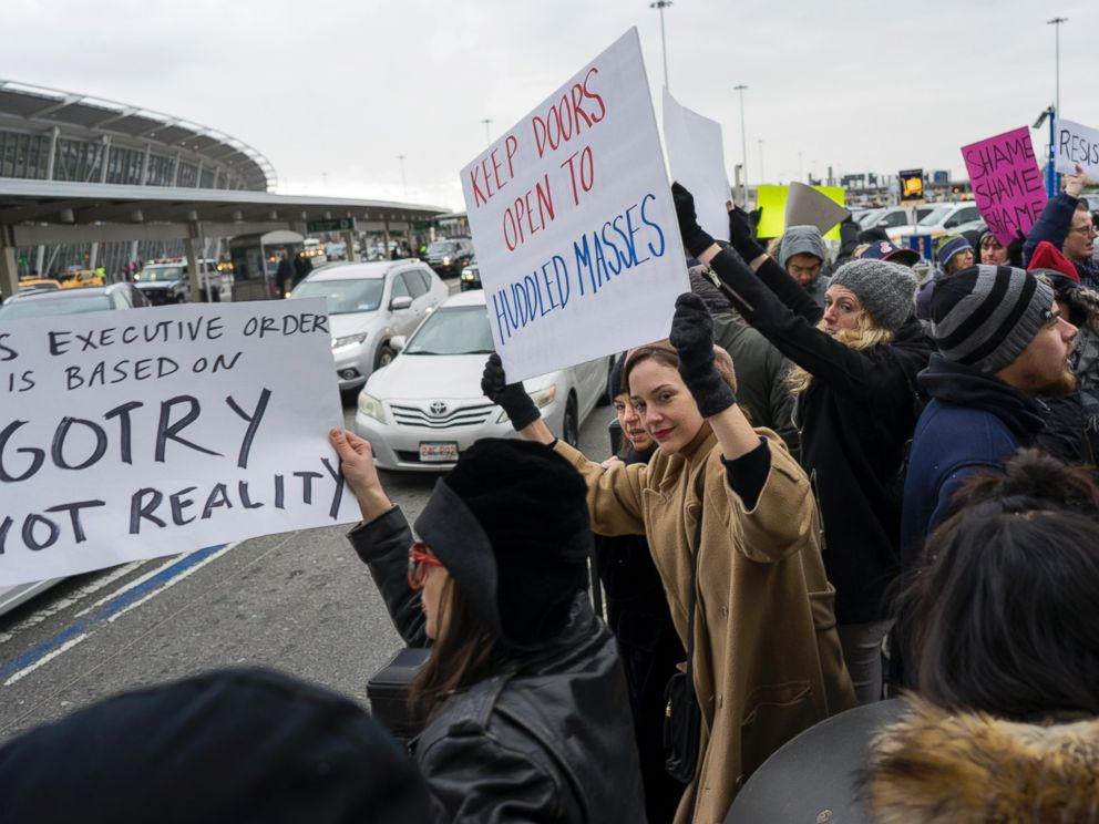 US Judge Grants Stay on Deportations Under Trump Immigration Order, But Overall Ban Remains
