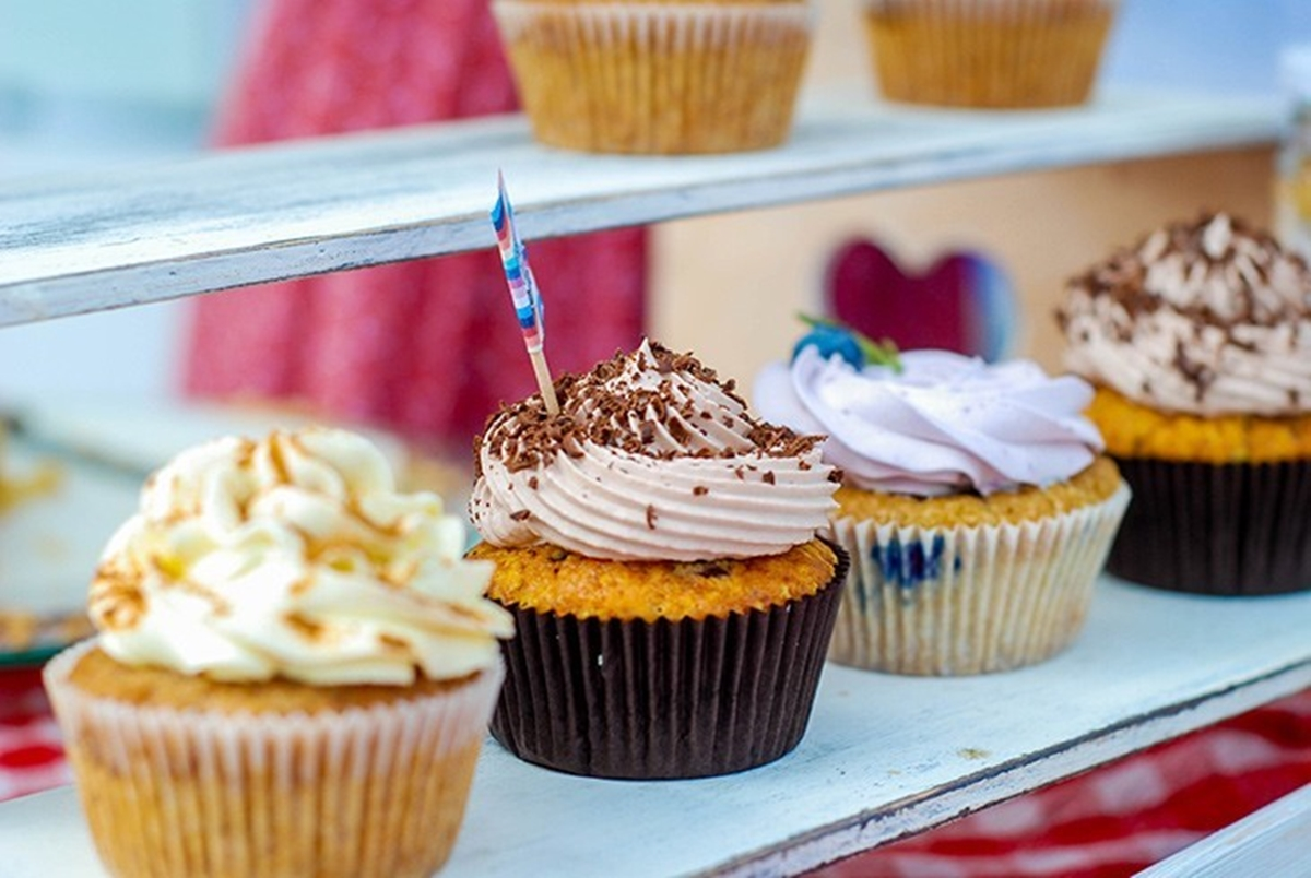 how to make store bought cake frosting better