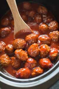 Slow Cooker Cranberry Barbecue Meatballs