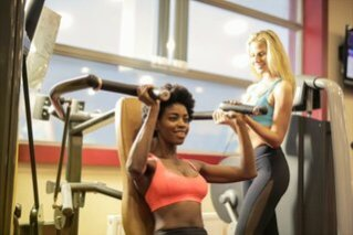 full_body_workout_op_apparaten