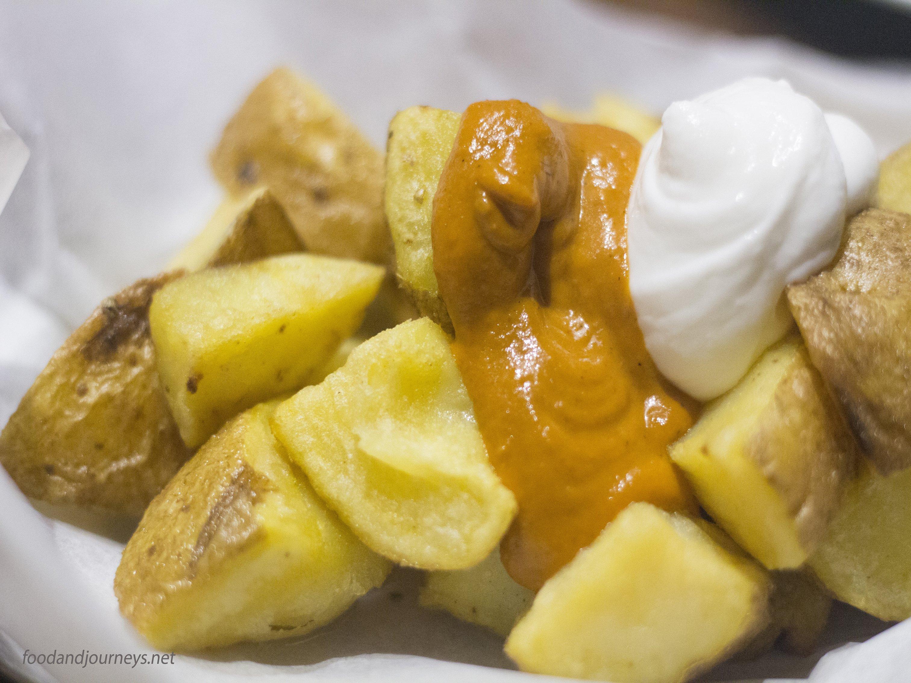 Patatas Bravas|foodandjourneys.net