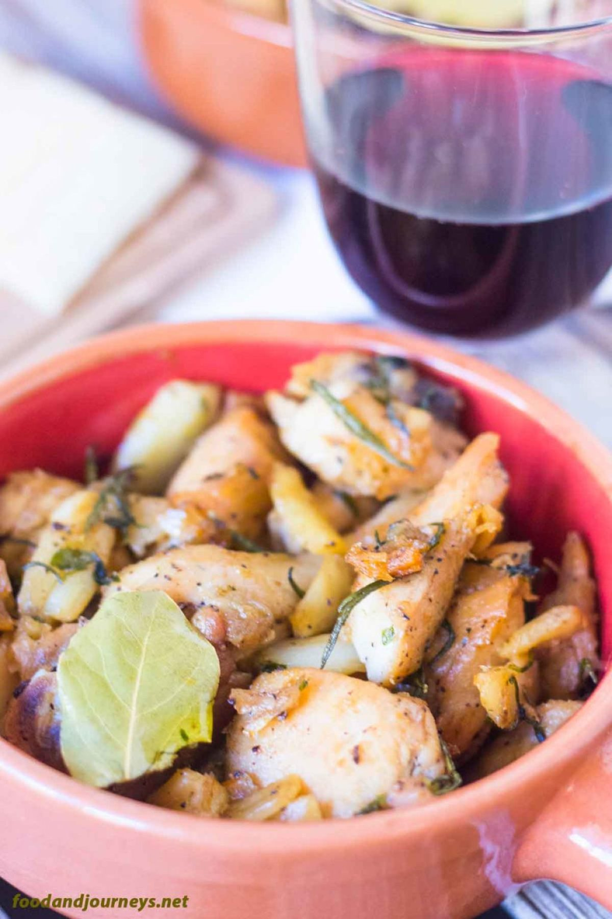 Spanish Garlicky Chicken PIC1|foodandjourneys.net