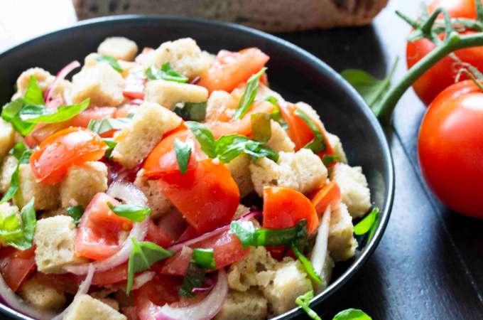 Panzanella (Bread and Tomato Salad) in a serving bowl.