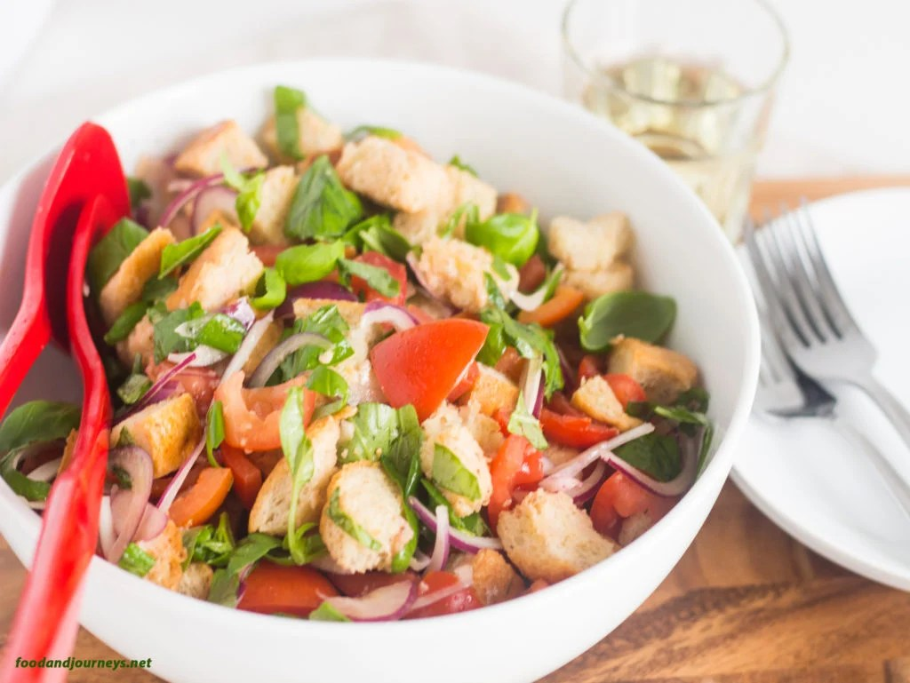 Panzanella (Bread and Tomato Salad)