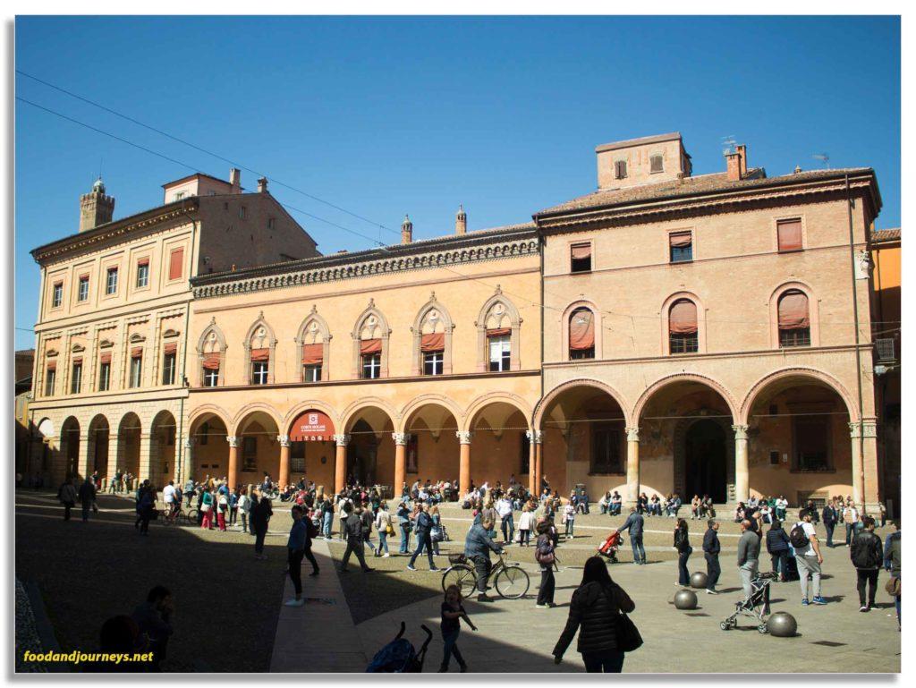 Bologna Italy Piazza Santo Stefano|foodandjourneys.net