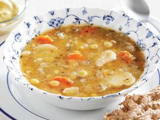 Slow-Cooked Yellow Pea Soup