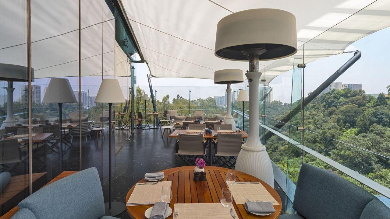 Las 5 terrazas más espectaculares de Santa Fe (ve por unos 'drinks' a los 'spots' más top)