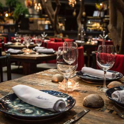 10 restaurantes para una cena romántica en la CDMX + qué probar en cada uno de ellos