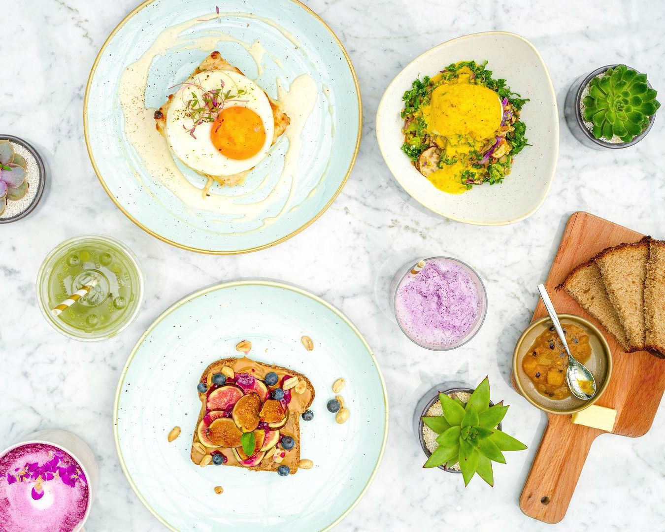 10 'spots' para desayunar saludable y riquísimo con tus amigas en la CDMX