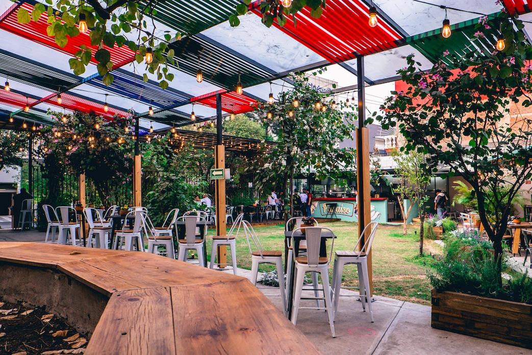 10 Restaurantes Con Jardines Ocultos Y Súper Lindos Para