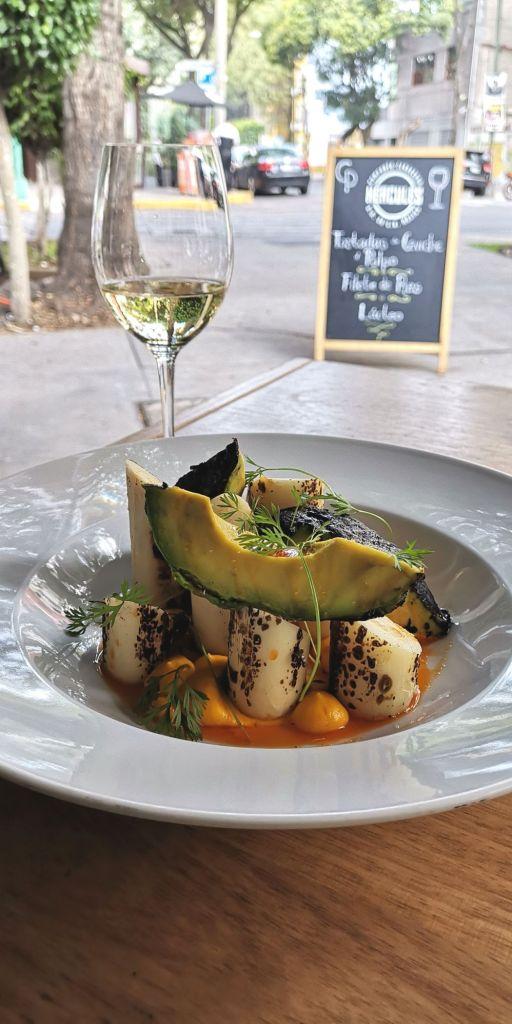 palmitos-grill-ensalada-entrada-comal-de-piedra-la-roma-restaurante-mexicano-vegetariano