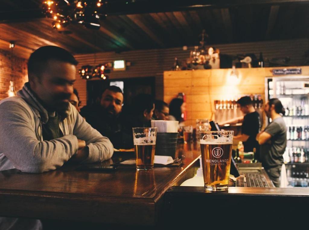 5 tips para aprender a catar cerveza artesanal como un experto