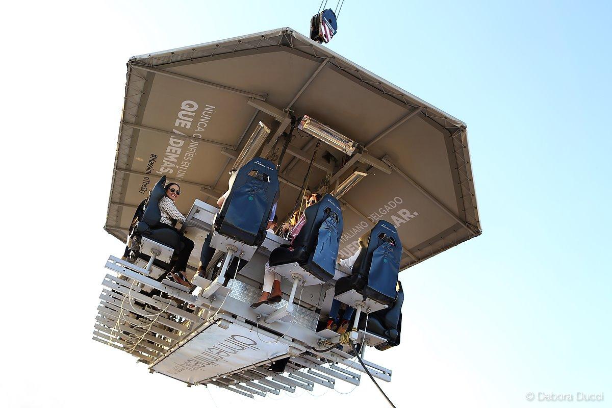 Ya puedes vivir la experiencia Dinner in the Sky en la CDMX (come como nunca a 45 metros de altura)