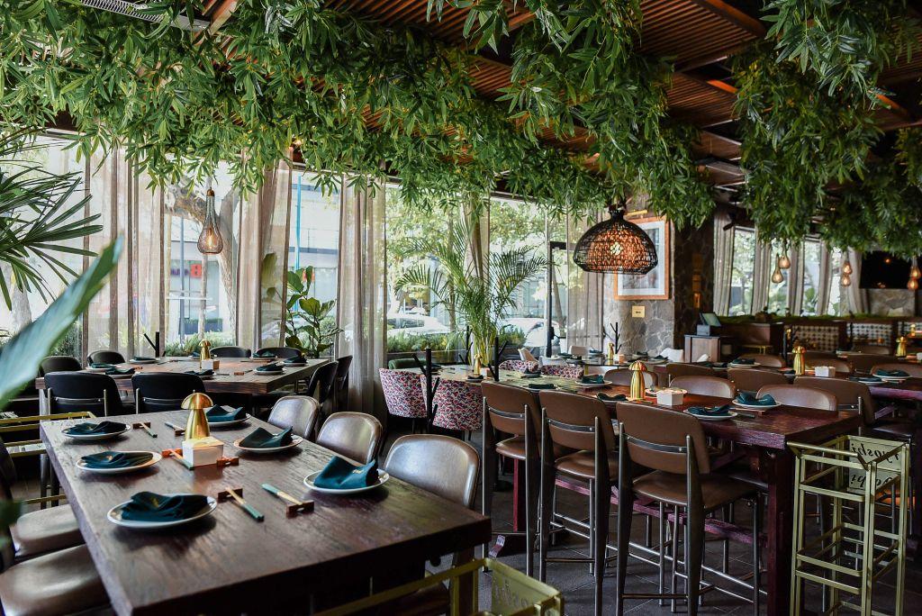 Ryoshi: El 'sushi spot' en tendencia con cócteles top, ambiente cool y diseño interior