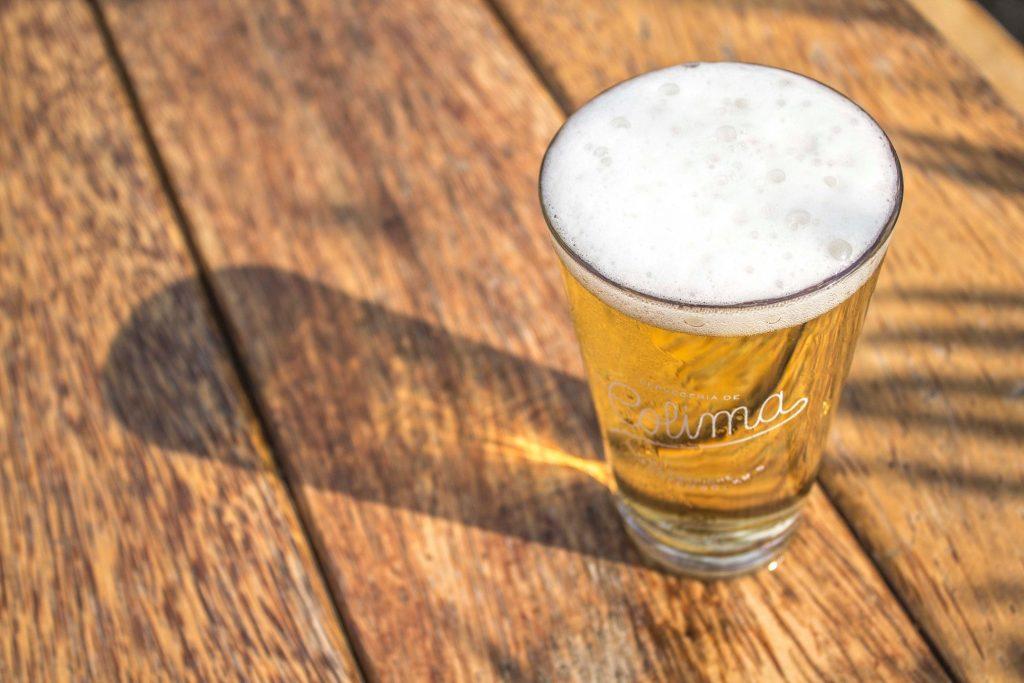 6 marcas de cerveza artesanal mexicana (ideales para sobrevivir la cuarentena)