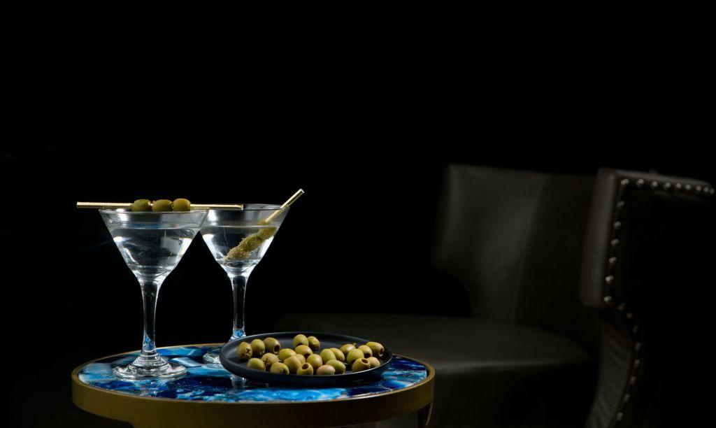 5 'drinks' clásicos y elegantes que puedes preparar en tu casa