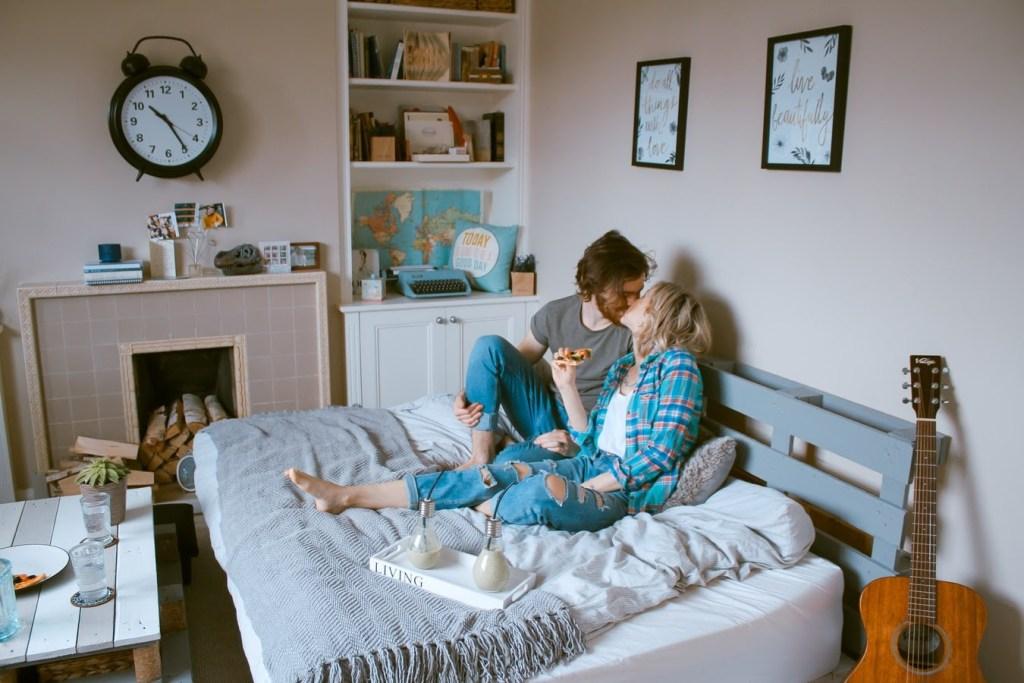 ¿Aniversario durante la cuarentena? 9 ideas románticas para celebrarlo