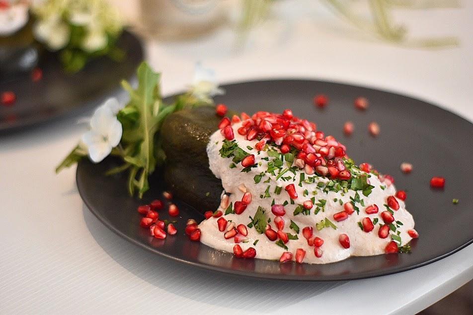 Pide a domicilio una de las ocho variedades del (famoso) chile en nogada de Angelopolitano