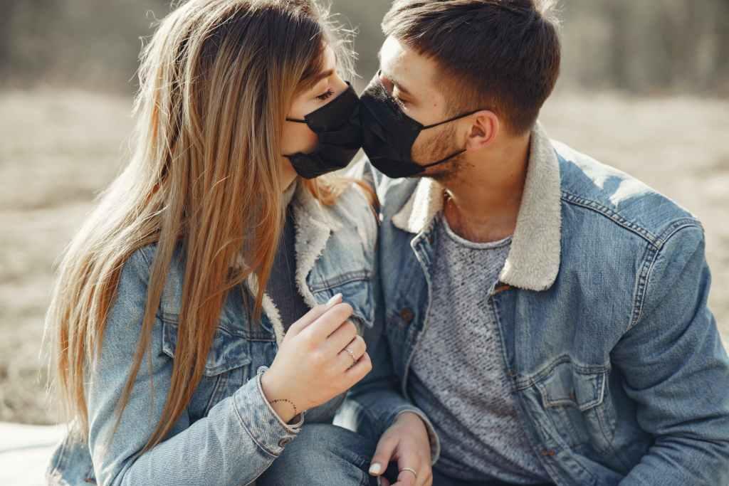 10 ideas de citas en la nueva normalidad (románticas y sin contagios)