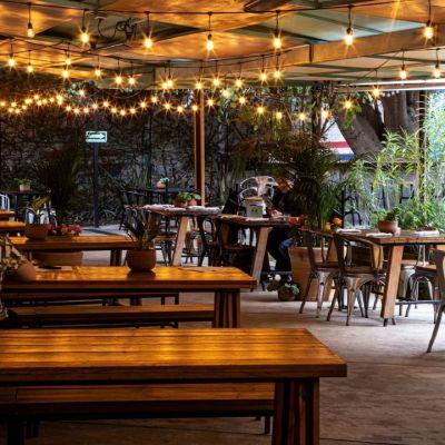 21 de los restaurantes al aire libre más bonitos de la CDMX (con mapa de ubicación)