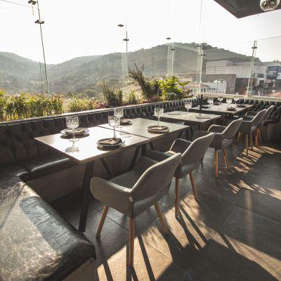Desayuna y 'brunchea' con la mejor vista en la (espectacular) terraza de Piso Cuatro