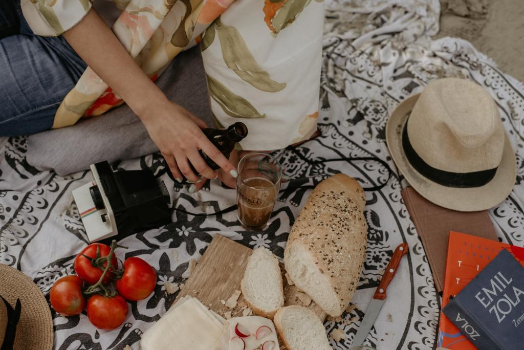 Esto es lo que necesitas para tener un picnic en casa (al estilo Pinterest)