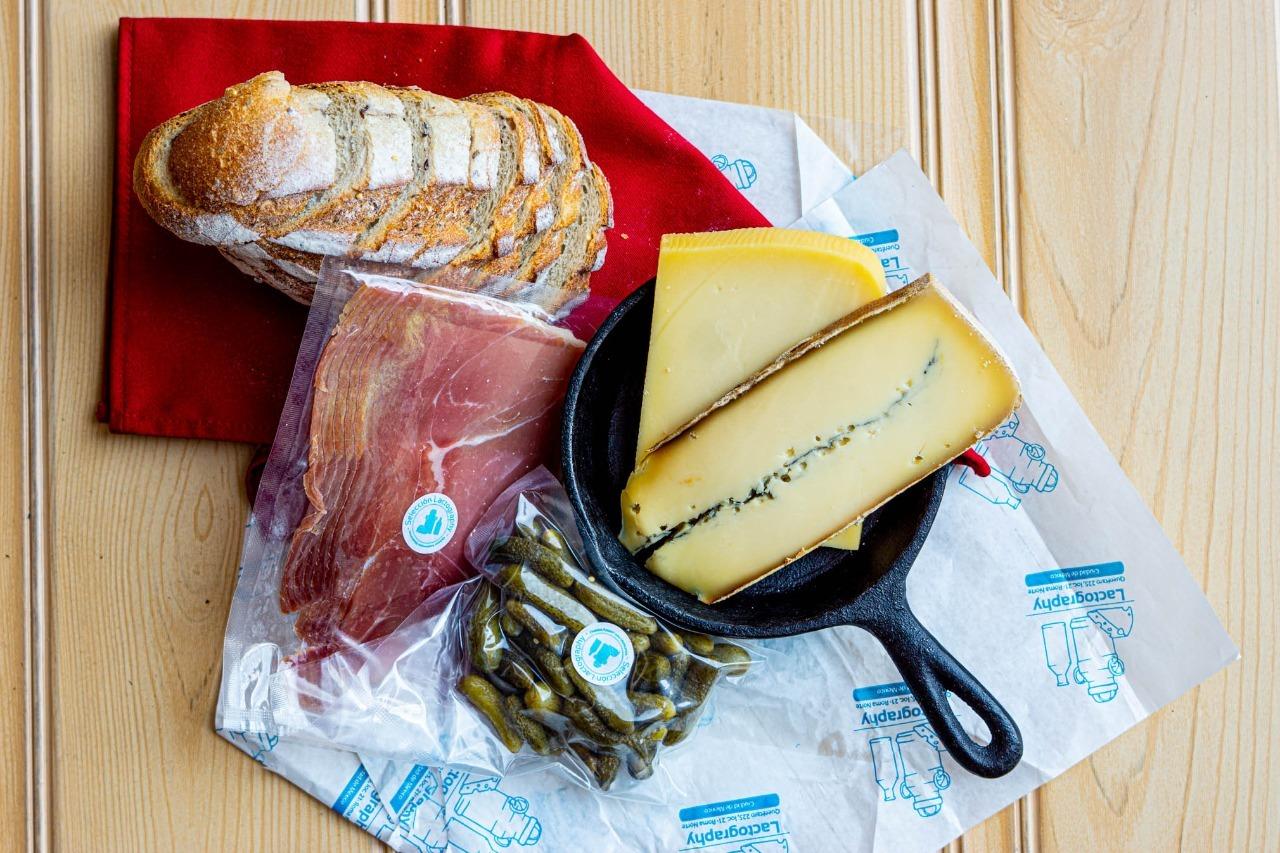 5 lugares para pedir quesos artesanales de productores mexicanos a domicilio