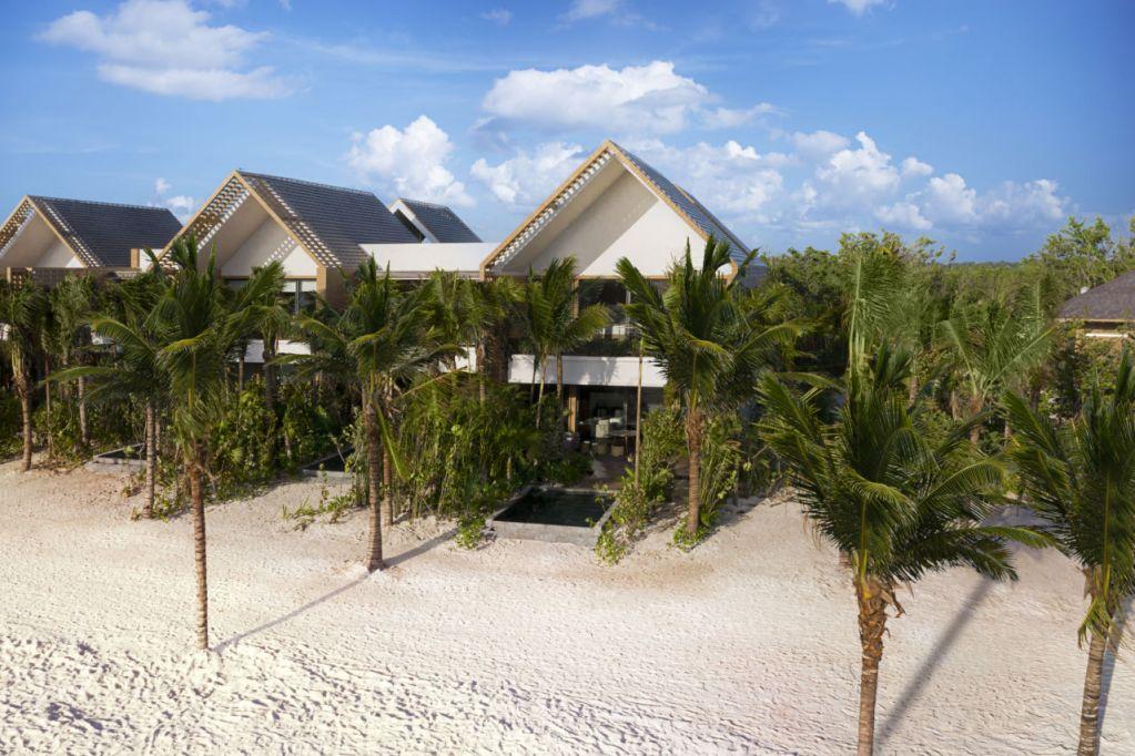 6 hoteles con habitaciones sobre la arena de la playa (dormirás literalmente frente al mar)