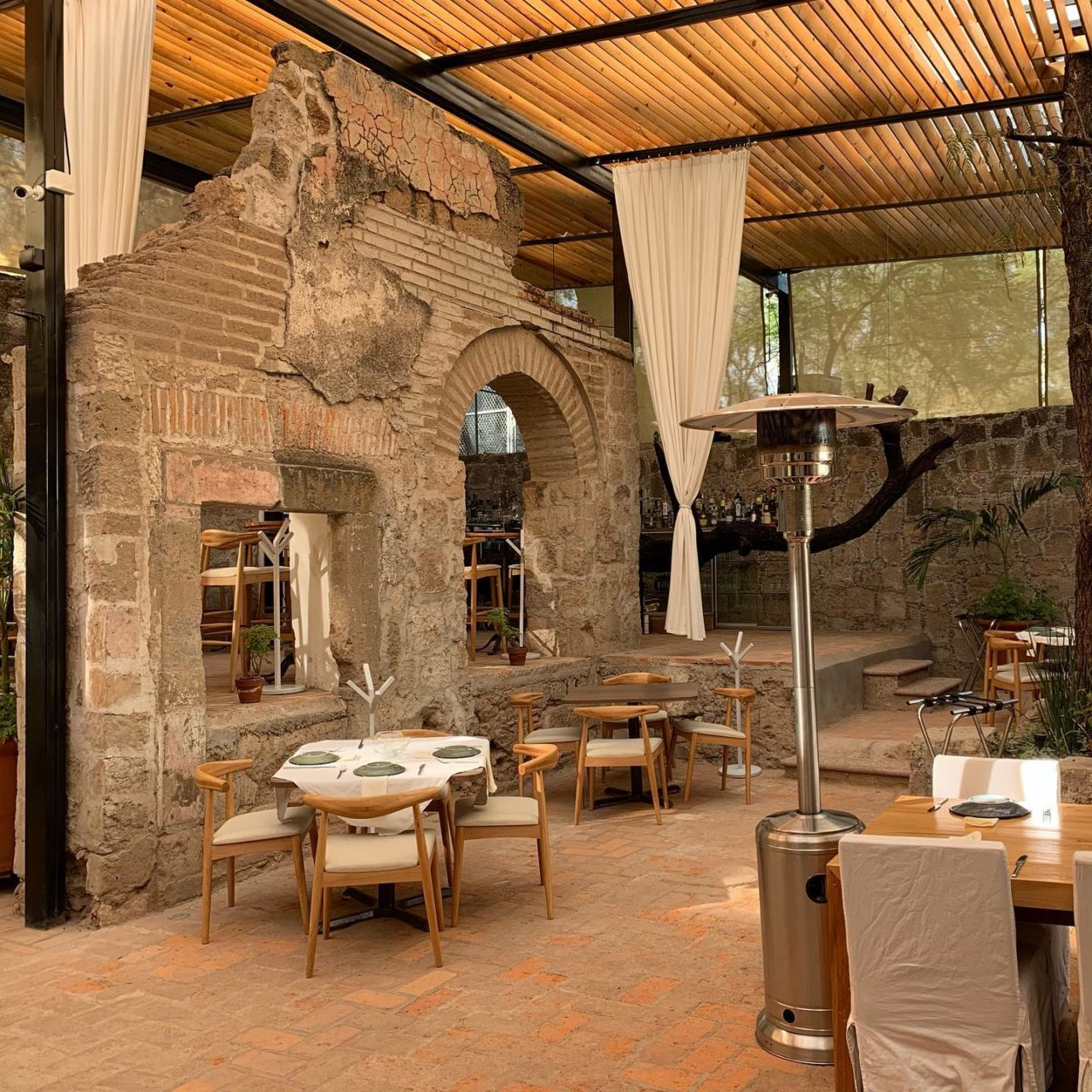 Este restaurante se encuentra dentro de un oasis de aguas termales en Aguascalientes