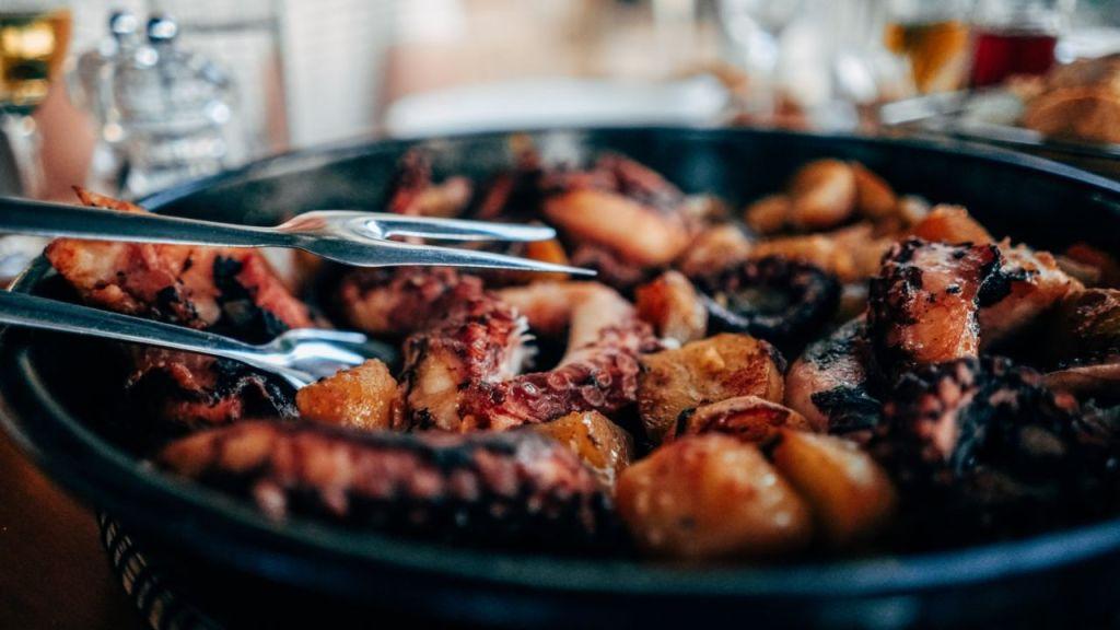 Cocinar pulpo no es tan difícil, aquí te compartimos una de las recetas favoritas del Chef Aquiles