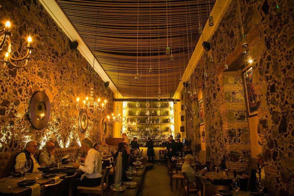 16 locales buenos, bonitos y muy románticos para comer y beber rico en la CDMX