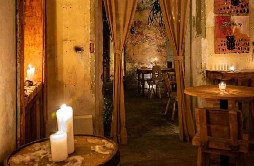 Taverna Prim: el hotspot de la Juárez que te va a remontar a la Época Medieval
