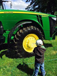TractorBath