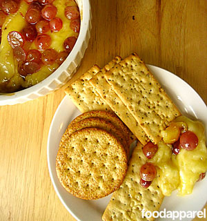 Baked Brie with Brown Sugar and Grapes Recipe