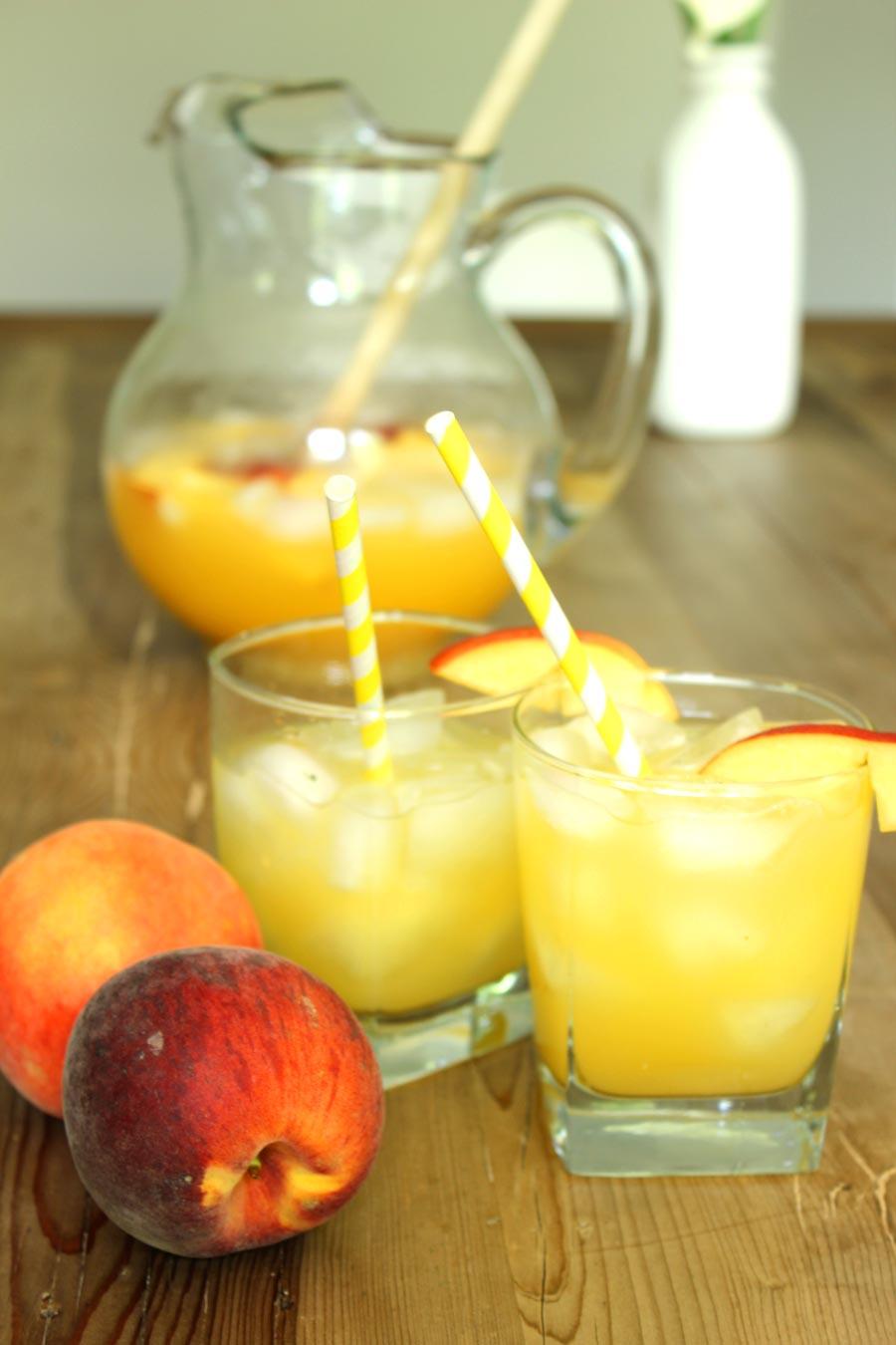 Peach Lemonade - a great little change up to your standard lemonade!