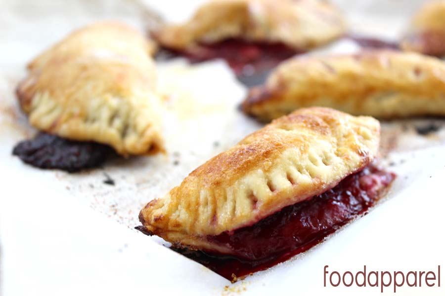 Blackberry Turnovers (Hand Pies): single-serve and portable! @foodapparel