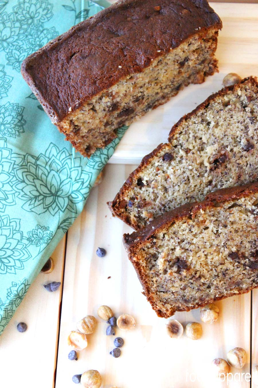 Hazelnut Banana Bread @foodapparel
