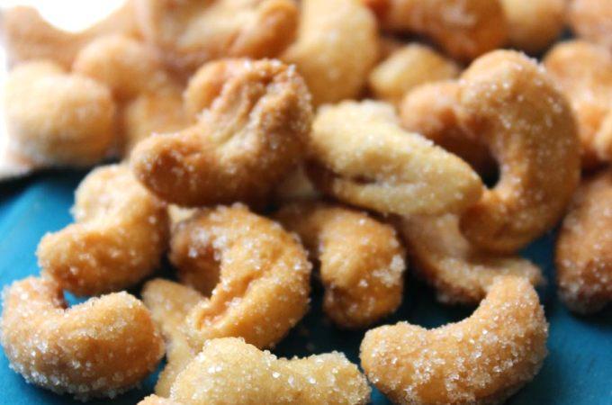 Honey Roasted Cashews Recipe - an easy and healthy snack! @foodapparel