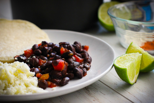 HOW TO DRESS UP YOUR BLACK BEANS: 5 WAYS