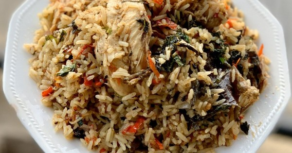 Making concoction rice with stock fish