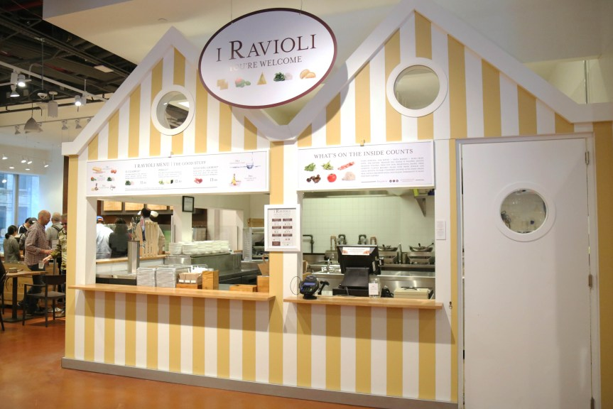 eataly-downtown-i-ravioli-station
