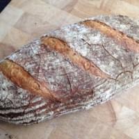 Brood op basis van poolish of voordeeg