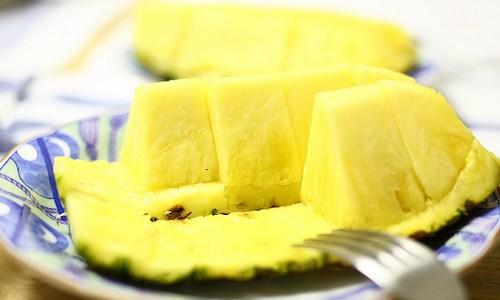 パイナップルを食べ過ぎると舌が痛い! 治し方ってあるの?