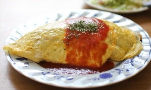 ふわふわ半熟のオムライスが作りたい! 使う卵は何個くらいがベスト!?