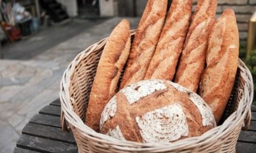 フランスパンには色んな名前がある! どんな種類があるかチェックしてみませんか!?
