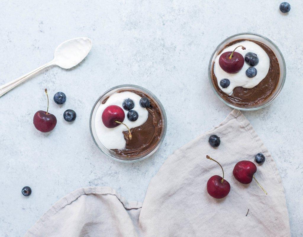 Chocolate Avocado Pudding (Paleo, Dairy-free, Nut-free & Vegan)